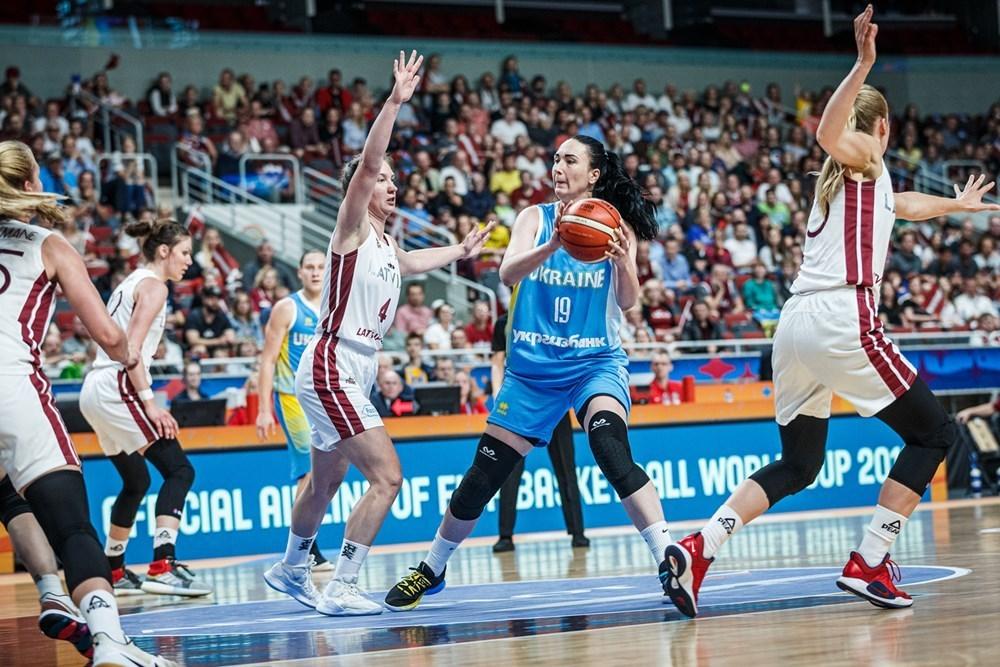 Збірна України поступилась господаркам ЄвроБаскету-2019: відеоогляд матчу