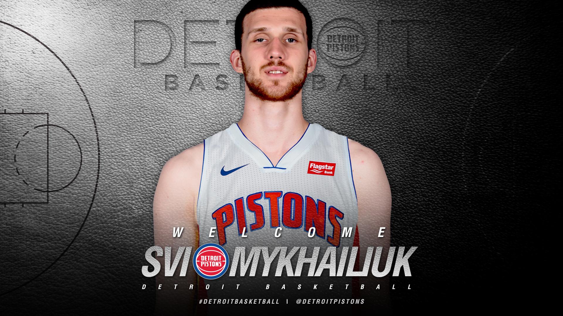 Команда НБА Детройт Пістонс продовжили угоду з Святославом Михайлюком