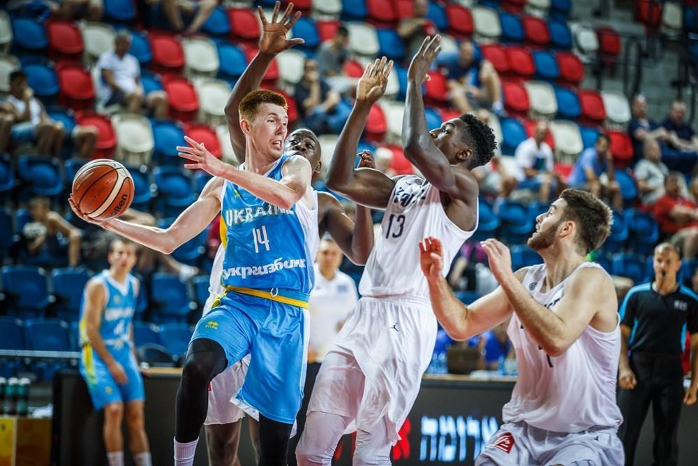 Збірна України програла Франції в 1/8 фіналу чемпіоната Європи
