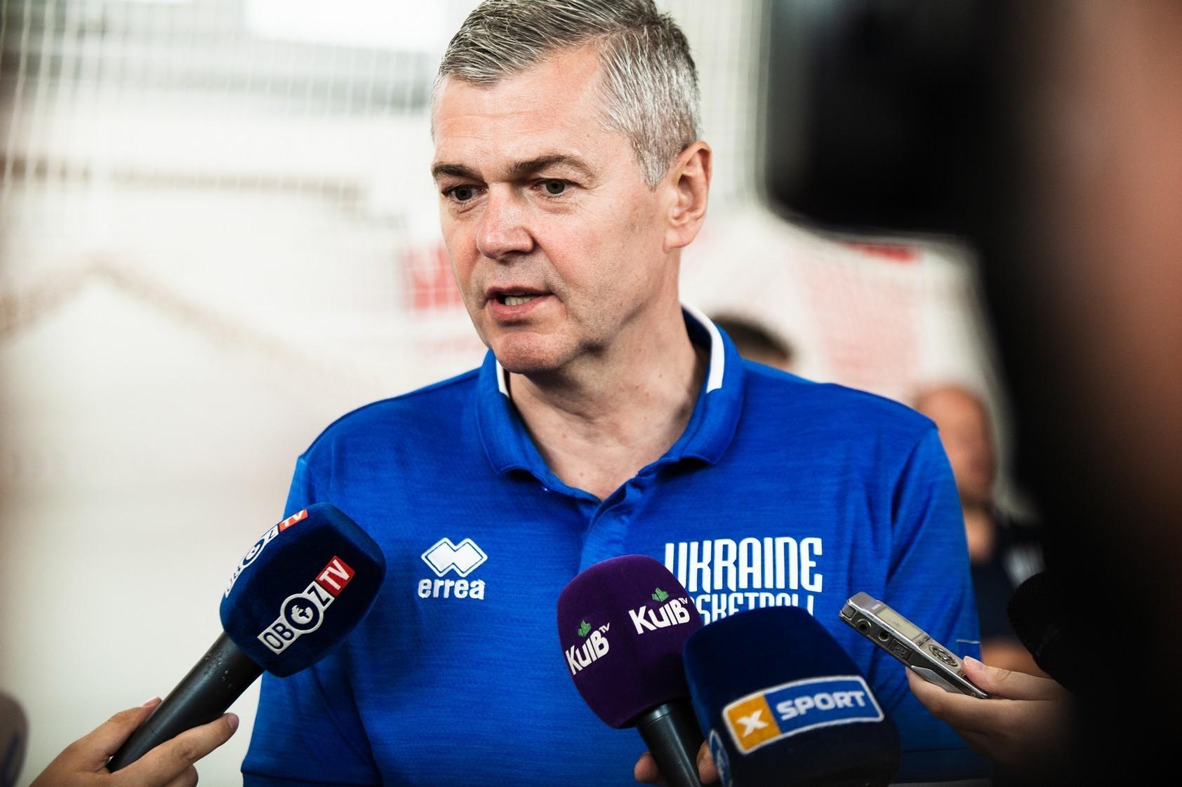 Національна чоловічна збірна України зіграє перший матч з новим тренером