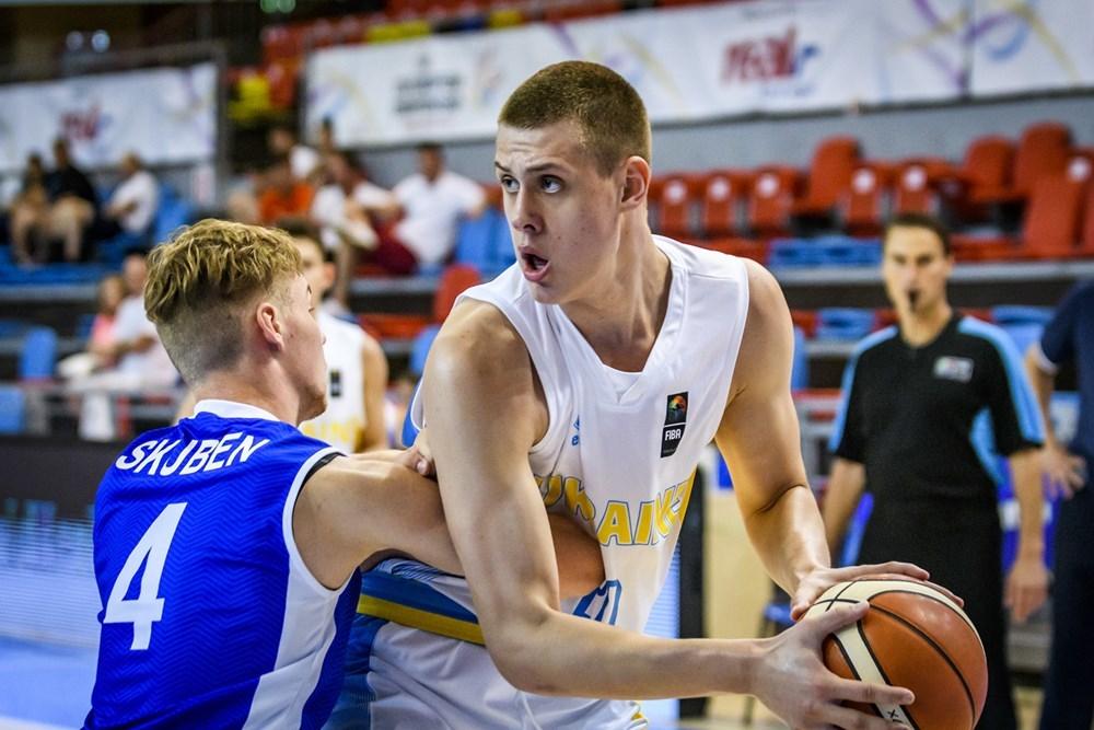 Збірна України U-18 впевнено обіграла Болгарію