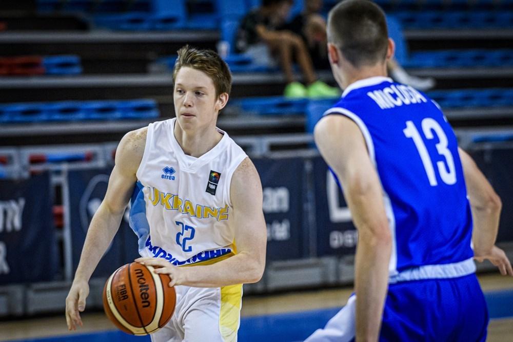 Збірна України U-18 впевнено розібралась з боснійцями на чемпіонаті Європи