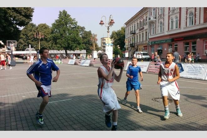Команди Києва підтвердили участь в чемпіонаті ВЮБЛ