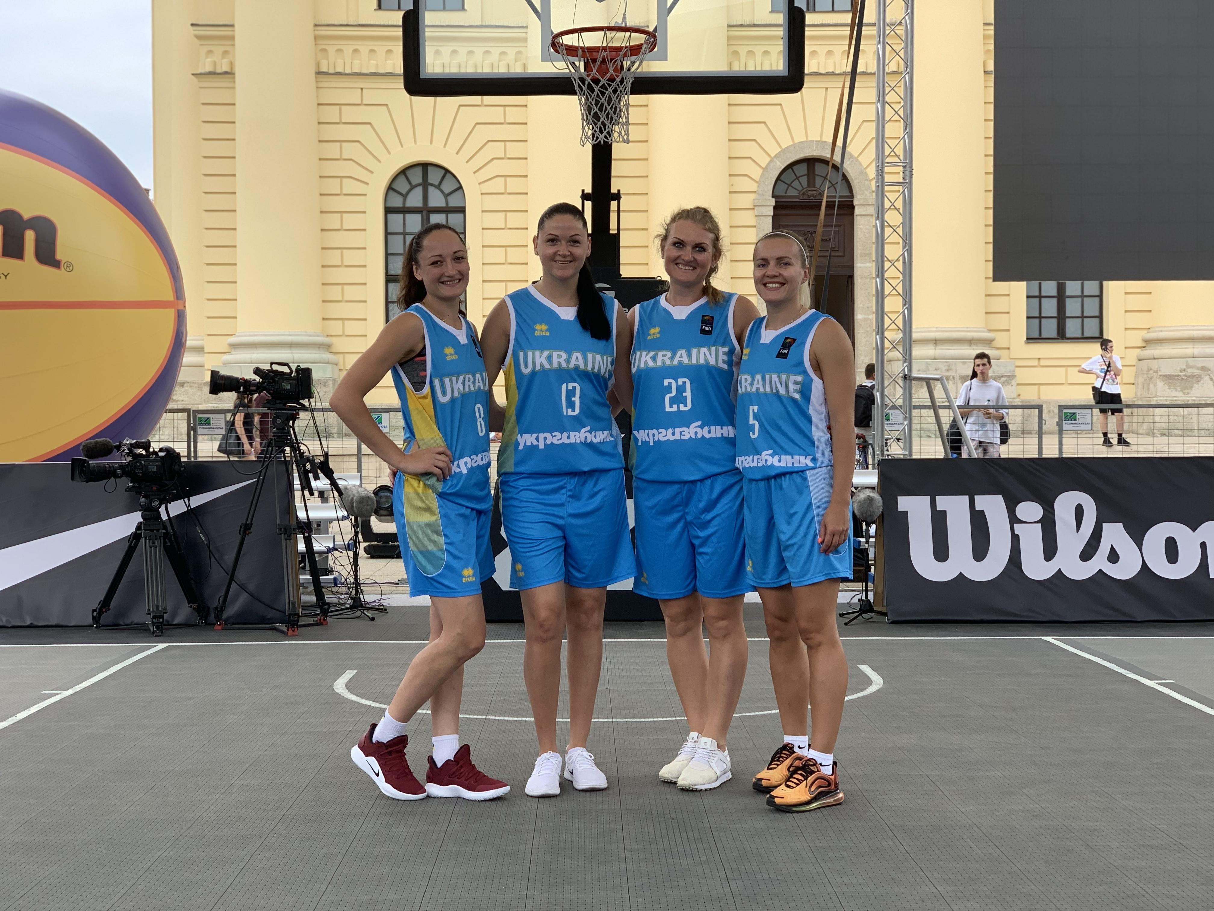 Збірна України поступилась Франції у півфіналі етапу Світової серії в Дебрецені