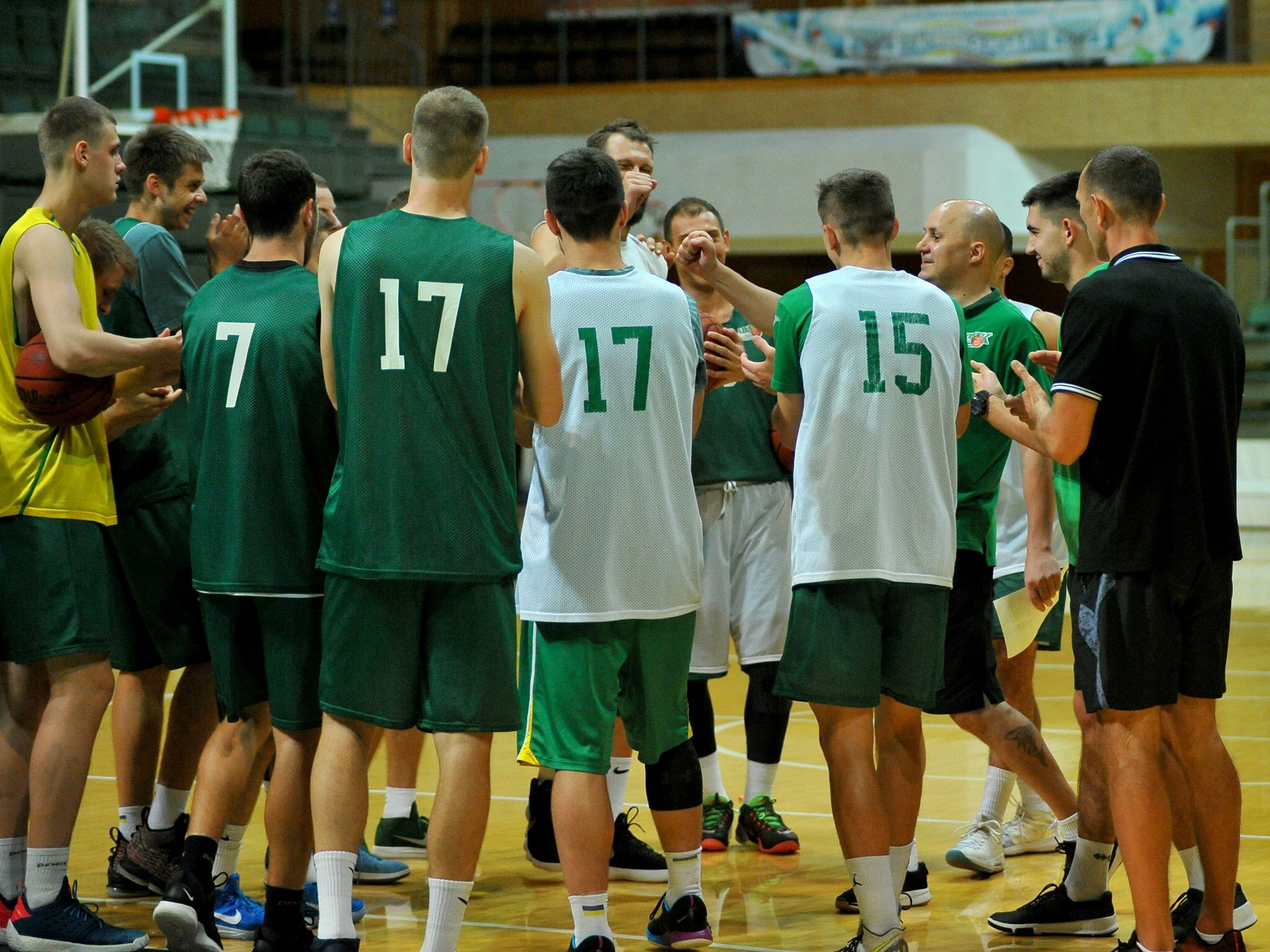 Чемпіон України проведе серію контрольних матчів у Литві