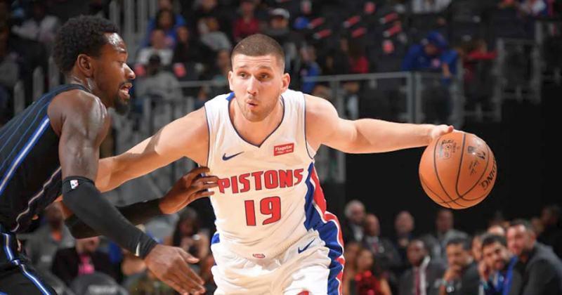 Михайлюк та Лень зіграли в передсезонних матчах НБА