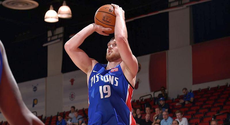 Михайлюк результативно зіграв у передсезонному матчі НБА