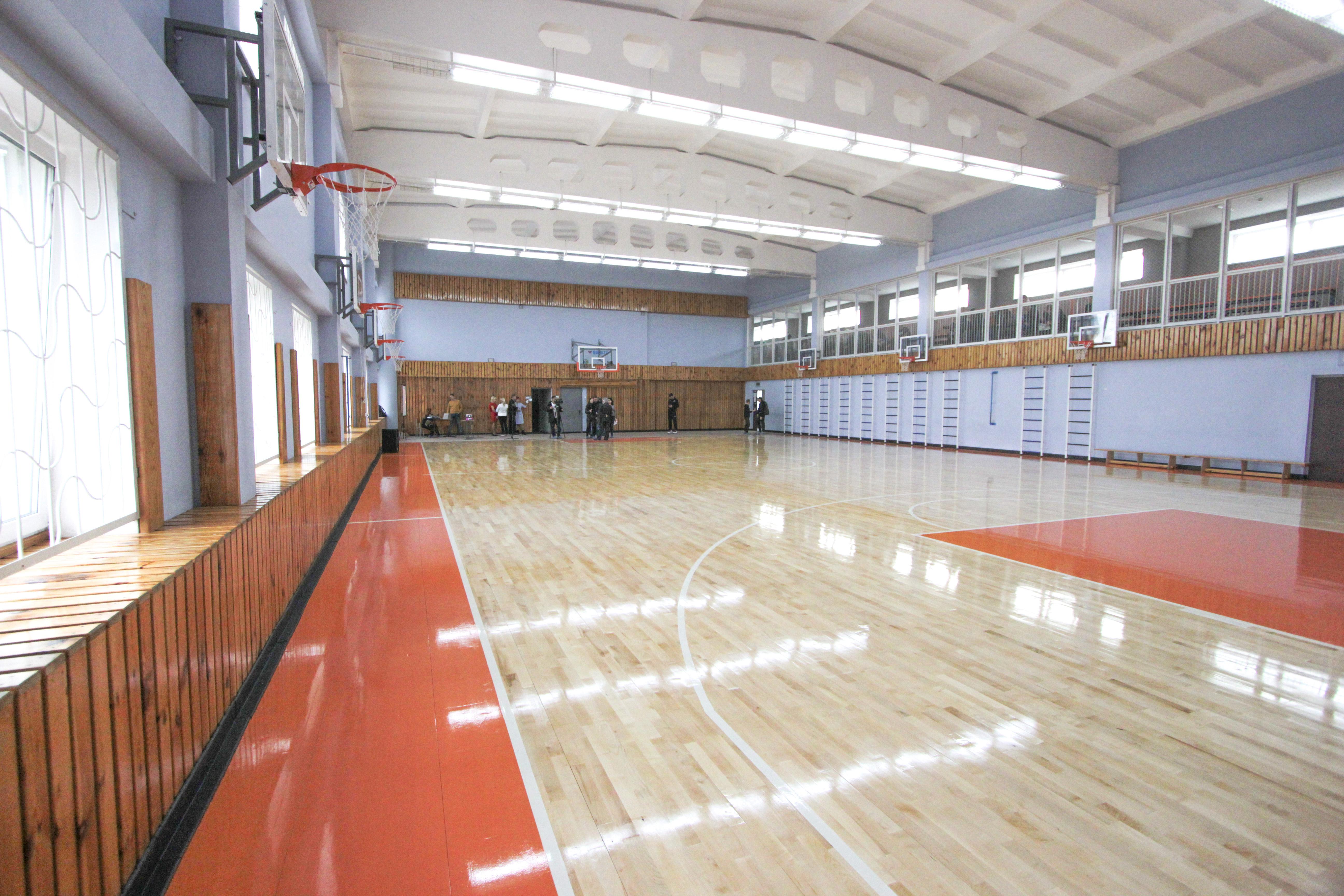 У Черкасах презентували сучасну баскетбольну залу