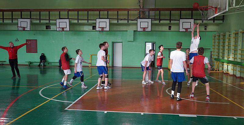 У Кам'янському завершилася першість серед шкільних команд