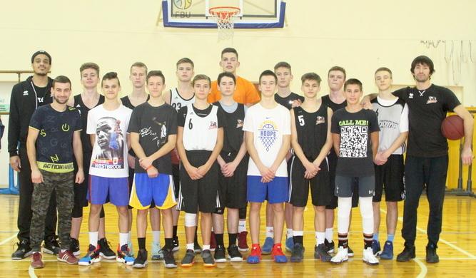 Райт і Попов влаштували майстер-клас для вихованців баскетбольної Черкаських Мавп