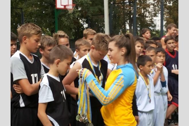 Гостинно розчинила свої двері КДЮСШ №13 м.Харкова для учасників баскетбольного турніру серед юнаків та дівчат 2002-2003 років народження