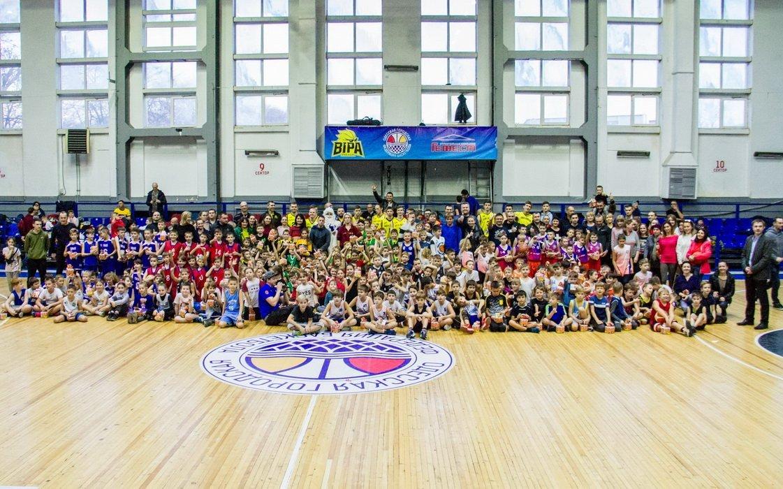 В Одесі пройшов великий новорічний фестиваль дитячого баскетболу