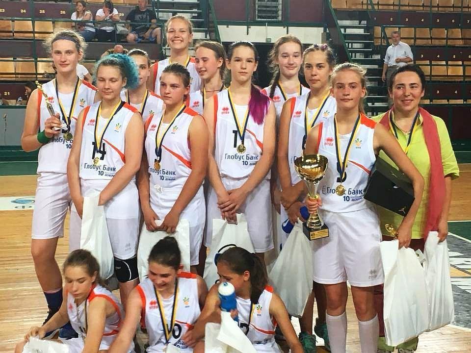 Лариса Єщенко: мусимо шукати золоту середину