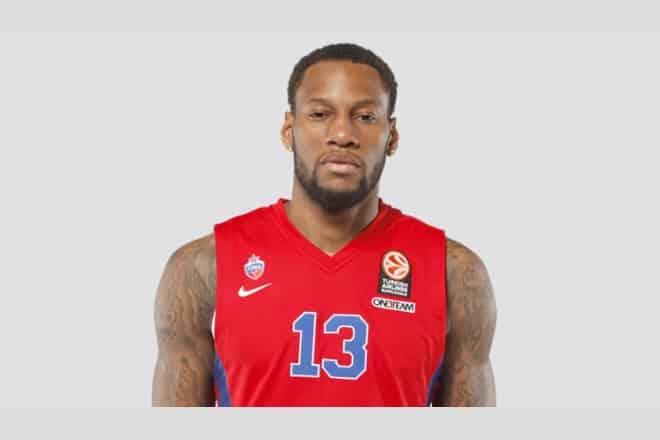 Гравець клубу НБА відірвав кільце від щита ВІДЕО