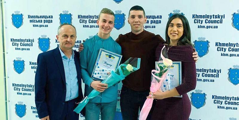 У Хмельницькому нагородили гравців та тренерів місцевої баскетбольної команди