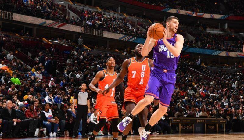 Михайлюк: зірки НБА допомагають дітям йти до мети