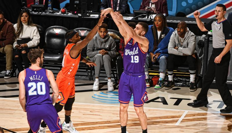 Українець Михайлюк взяв участь у Зірковому вікенді НБА: відеоогляд