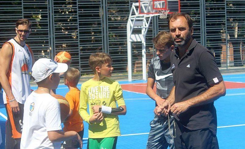 Едуард Скрипець: юні баскетболісти Львова продовжують заняття вдома