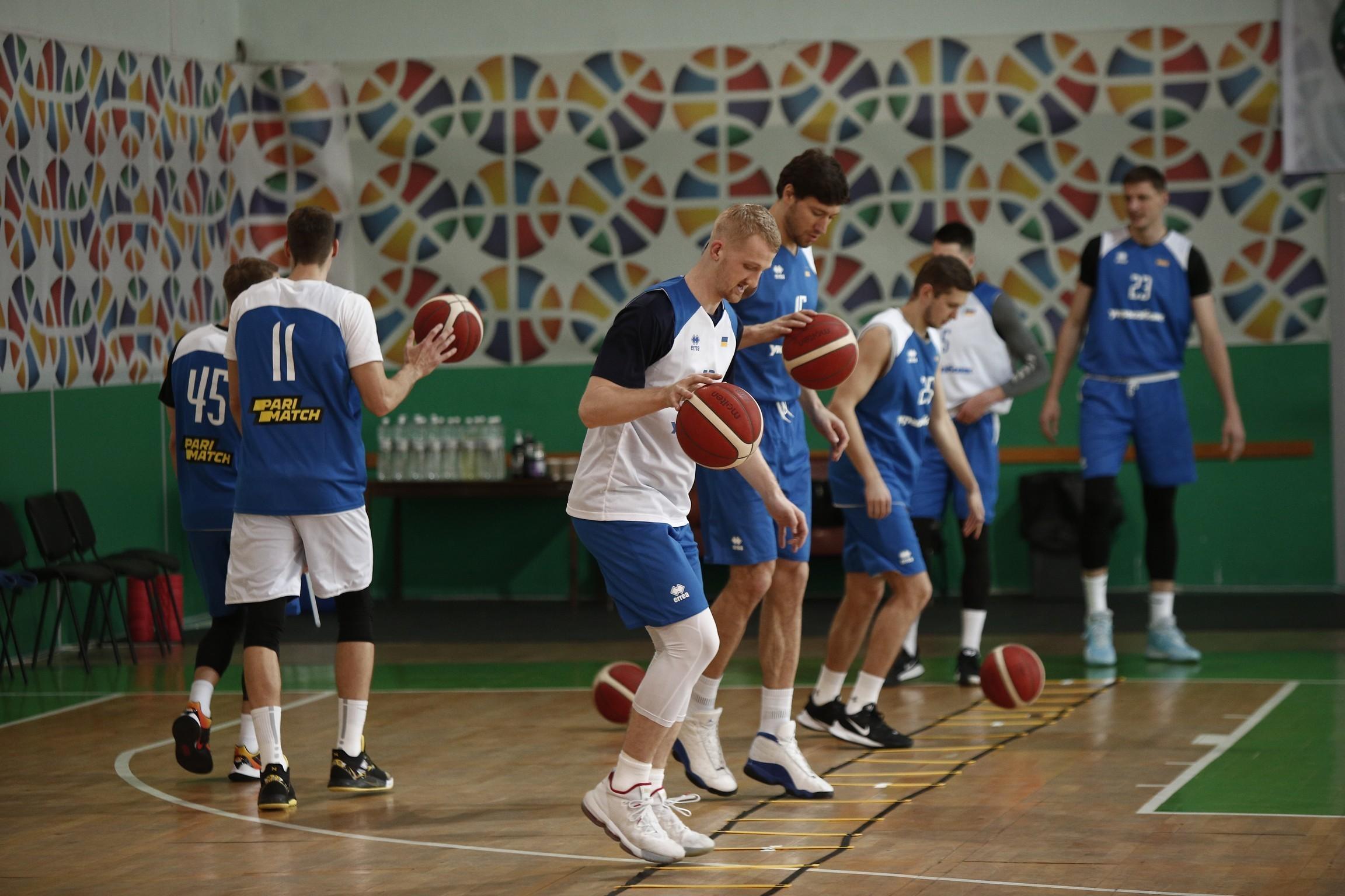 Влітку плануються тренувальні збори для молодіжних та національних збірних України
