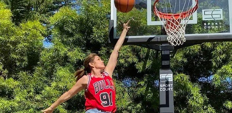 Знаменита модель Сінді Кроуфорд зіграла в баскетбол