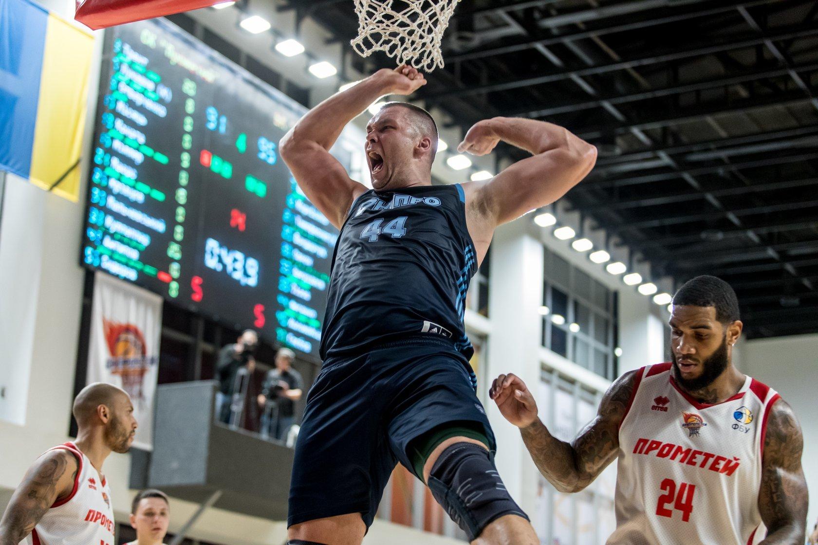 Чемпіон України та екс-гравець НБА Кирило Фесенко — наступний гість ефіру ФБУ в Instagram