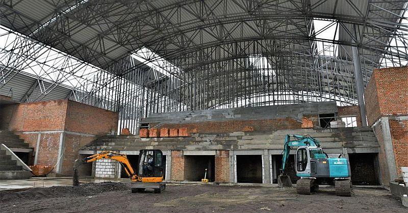 Як триває будівництво Палацу спорту в Рівному: відео з майданчика