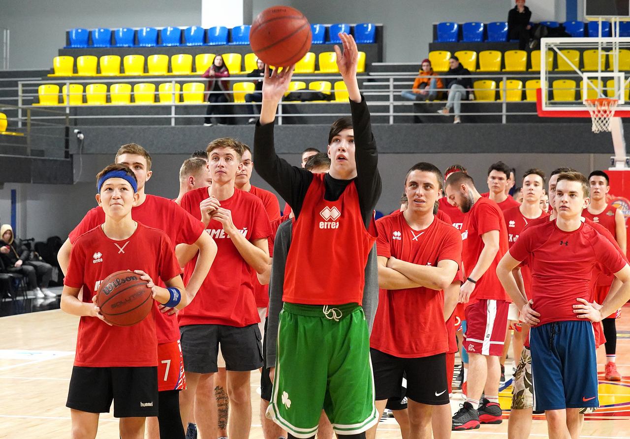 Прометей запрошує юних баскетболістів до клубної академії