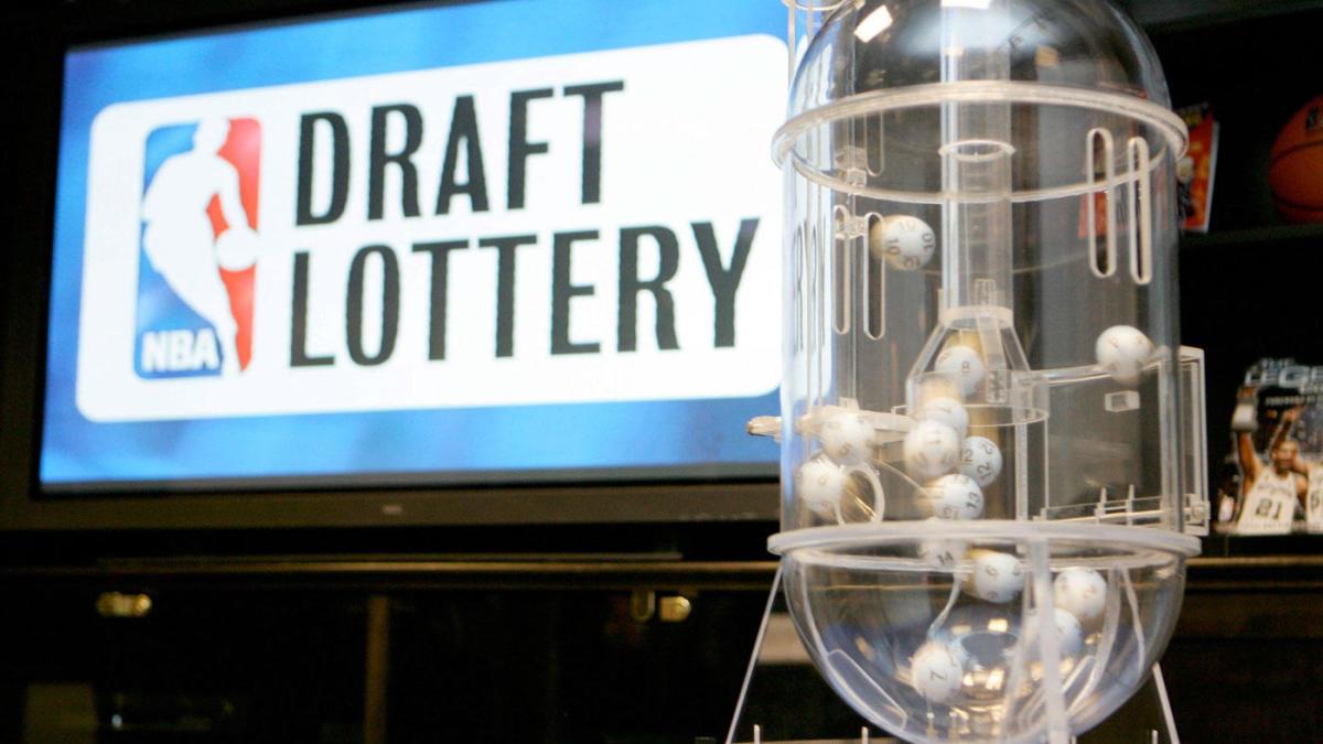 НБА планує провести драфт 25 вересня. Свою кандидатуру виставив українець Андрій Войналович