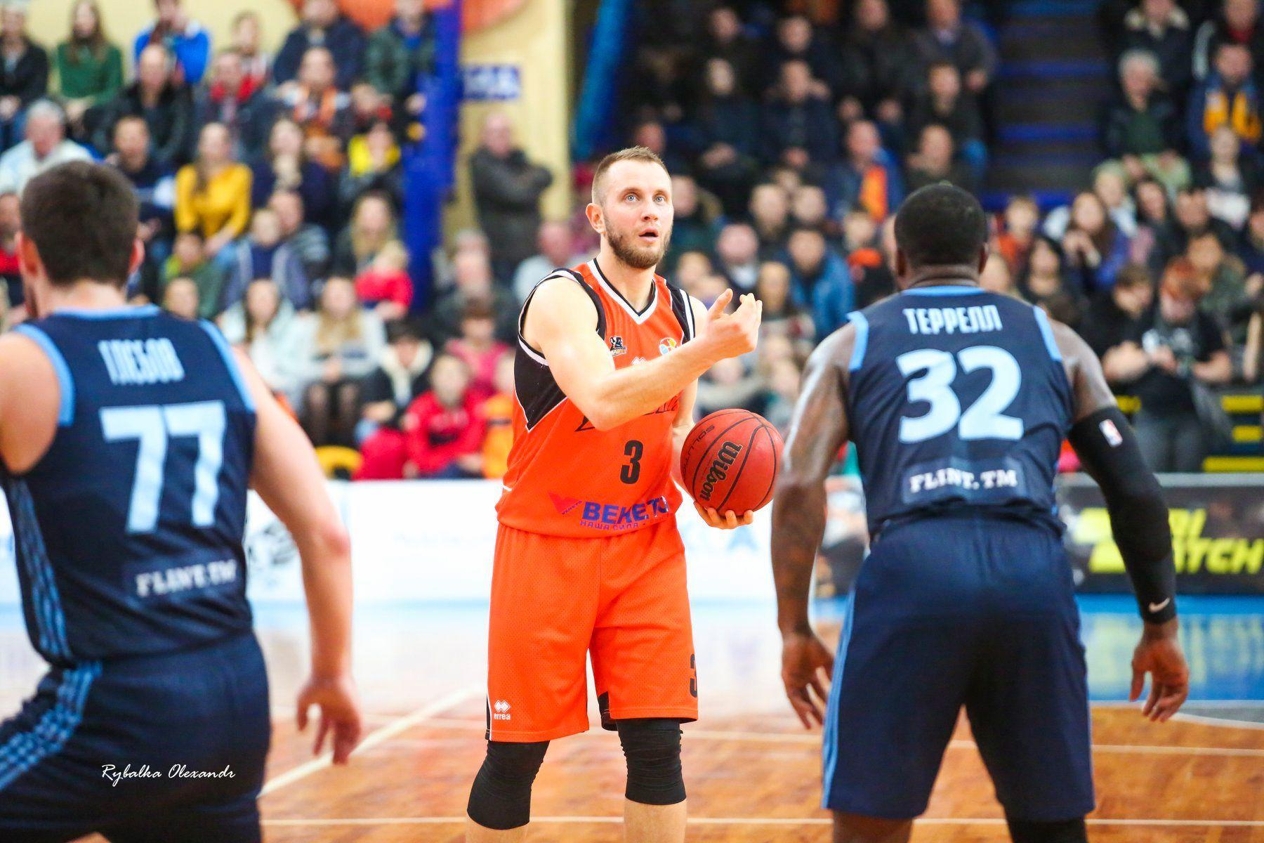 Олександр Кольченко: кар'єра професійного баскетболіста не така довга, щоб відмовлятися від нових випробувань