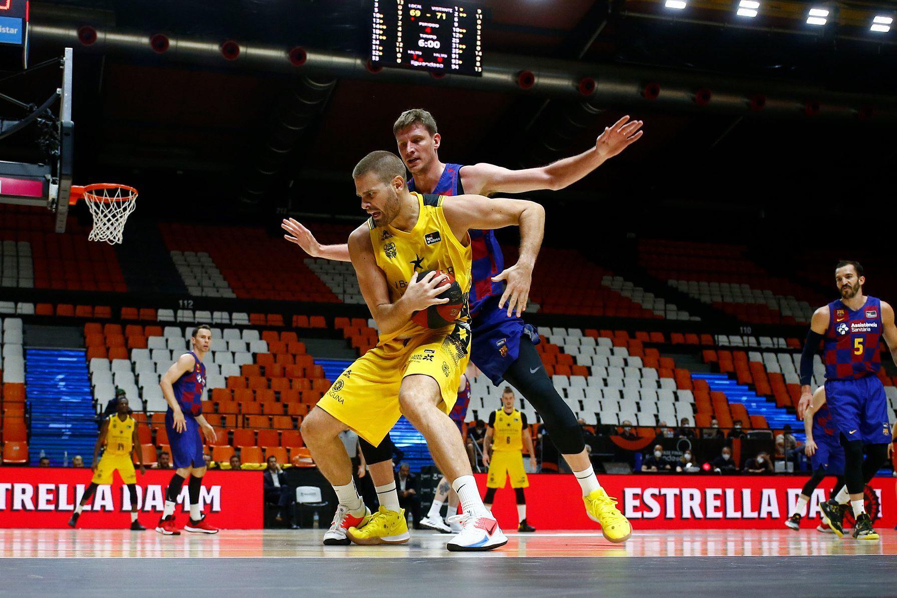 Барселона Артема Пустового отримала суперника по півфіналу чемпіонату Іспанії