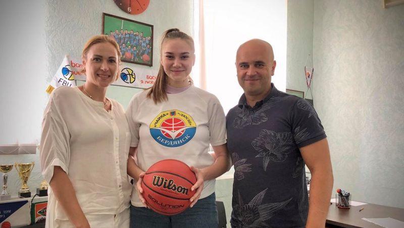 Чайка підсилилася гравцями збірної України