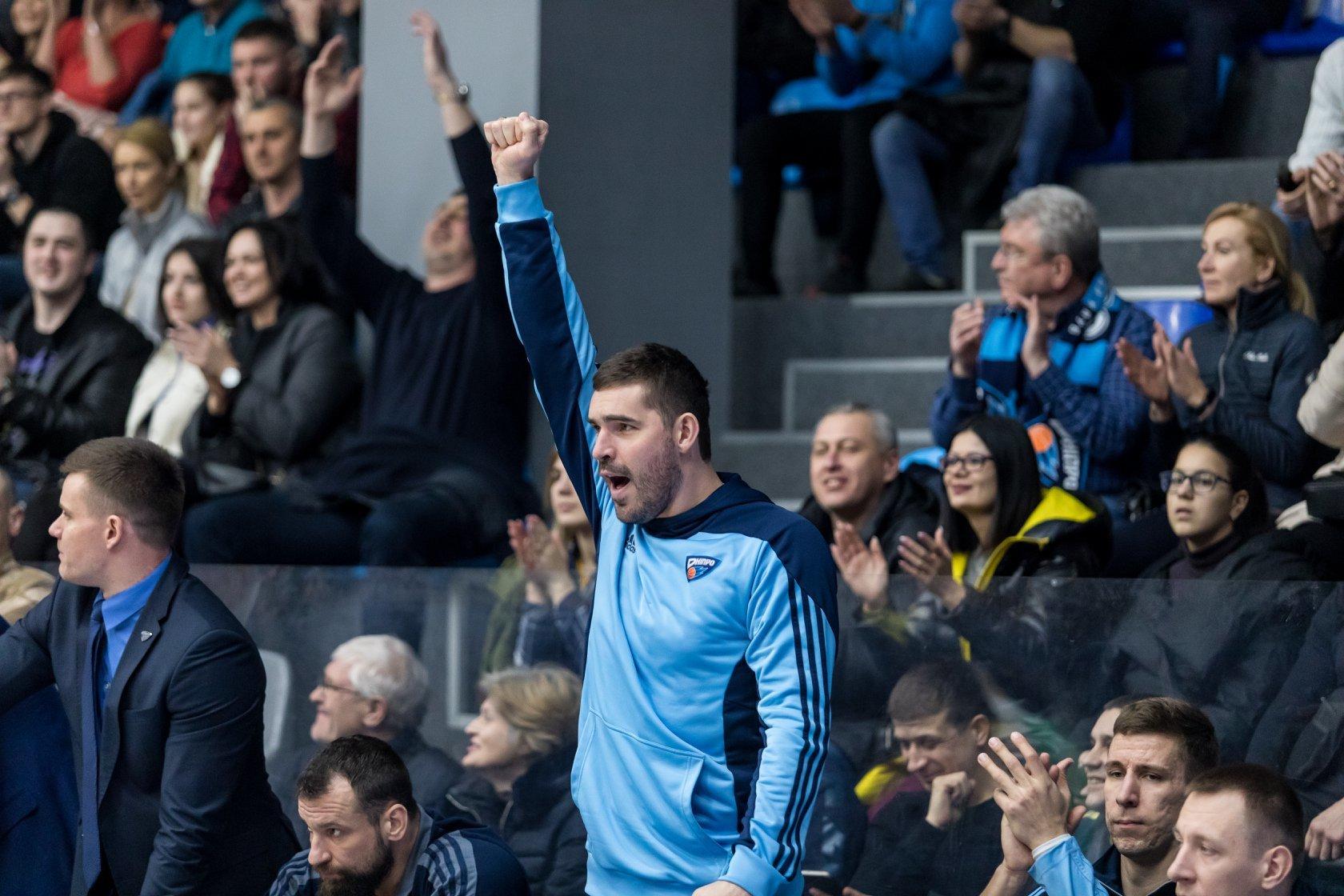 Чемпіон України подовжив контракт із досвідченим форвардом