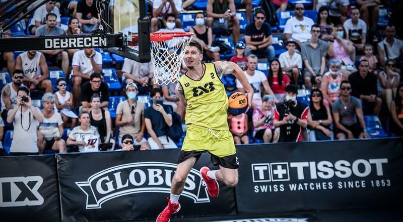 Українець Піддубченко серед найкращих данкерів 2020 року: відео фіналу