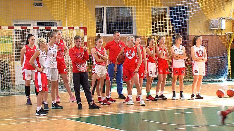 Жіноча команда Рівного готується до нового сезону