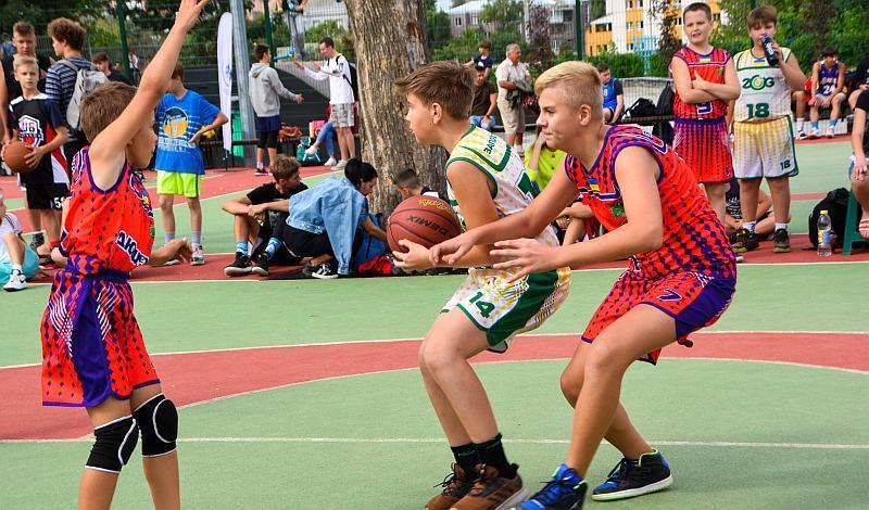 Визначилися переможці фестивалю вуличного баскетболу в Харкові