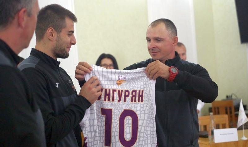 Волинська команда Вищої ліги підсилилася українським форвардом