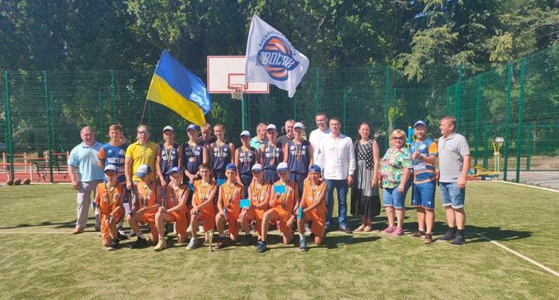 Призери ВЮБЛ з Лозової отримали нагороди