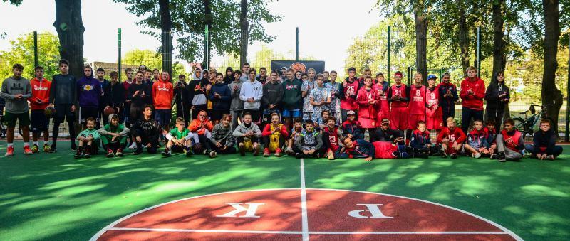У Крюківщині турніром 3х3 відкрили новий майданчик