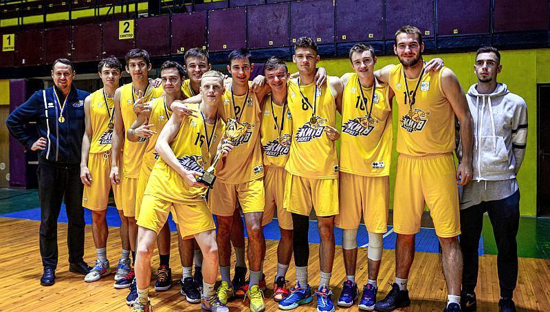 Молодіжна ліга: визначився чемпіон серед чоловіків