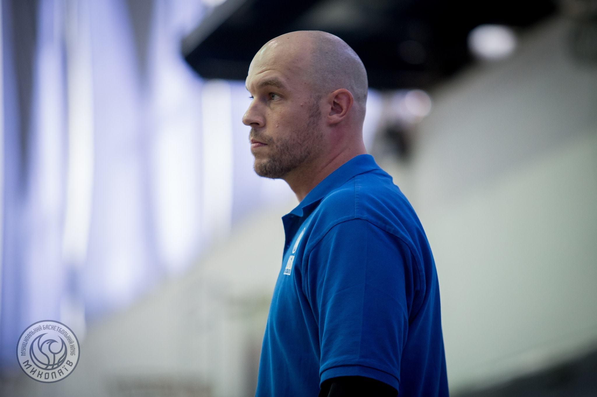 Кріс Томас залишив посаду головного тренера Миколаєва