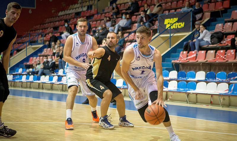 Вища ліга: впевнений старт Кривбасу, миколаївців та інші матчі