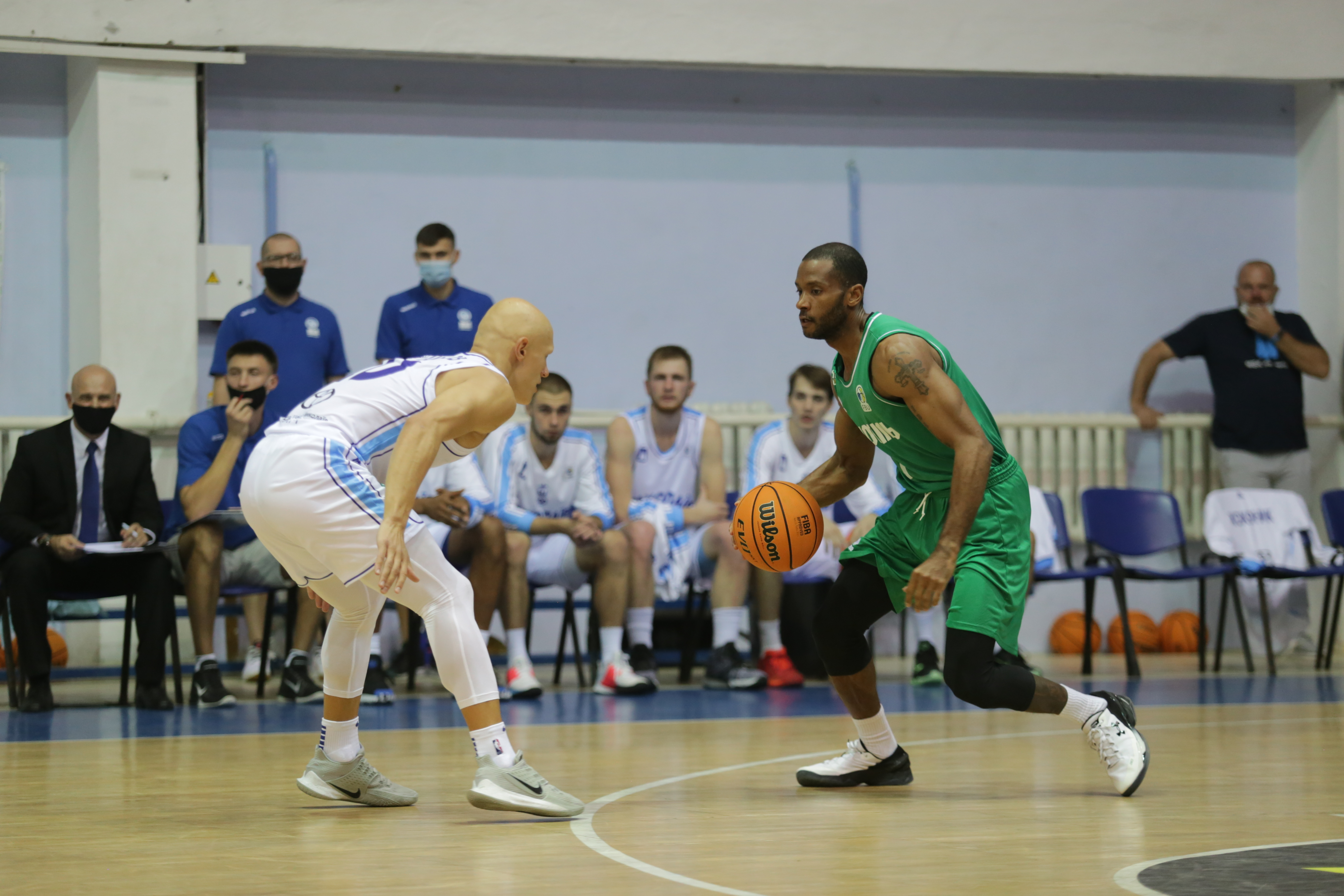 Миколаїв розпочав сезон з розгромної поразки, поступившись Тернополю вдома
