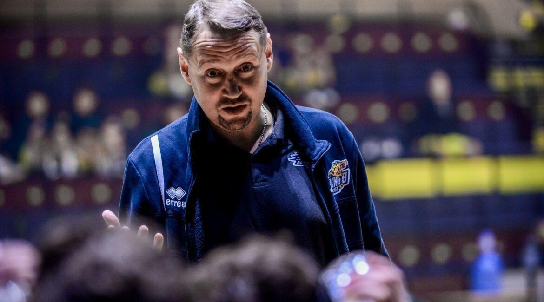 Андрій Харчинський: хочу привчити хлопців приймати рішення на майданчику самостійно