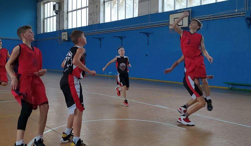 На Харківщині зіграли стартові матчі ВЮБЛ юнаки 2007 р.н.