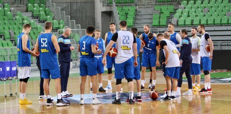 Збірна України готується в Любляні: відео тренування