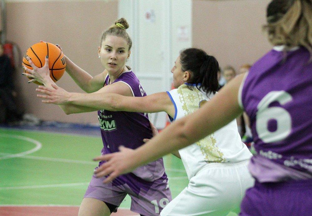 Жіноча Вища ліга: результати та підсумки матчів 11-13 грудня