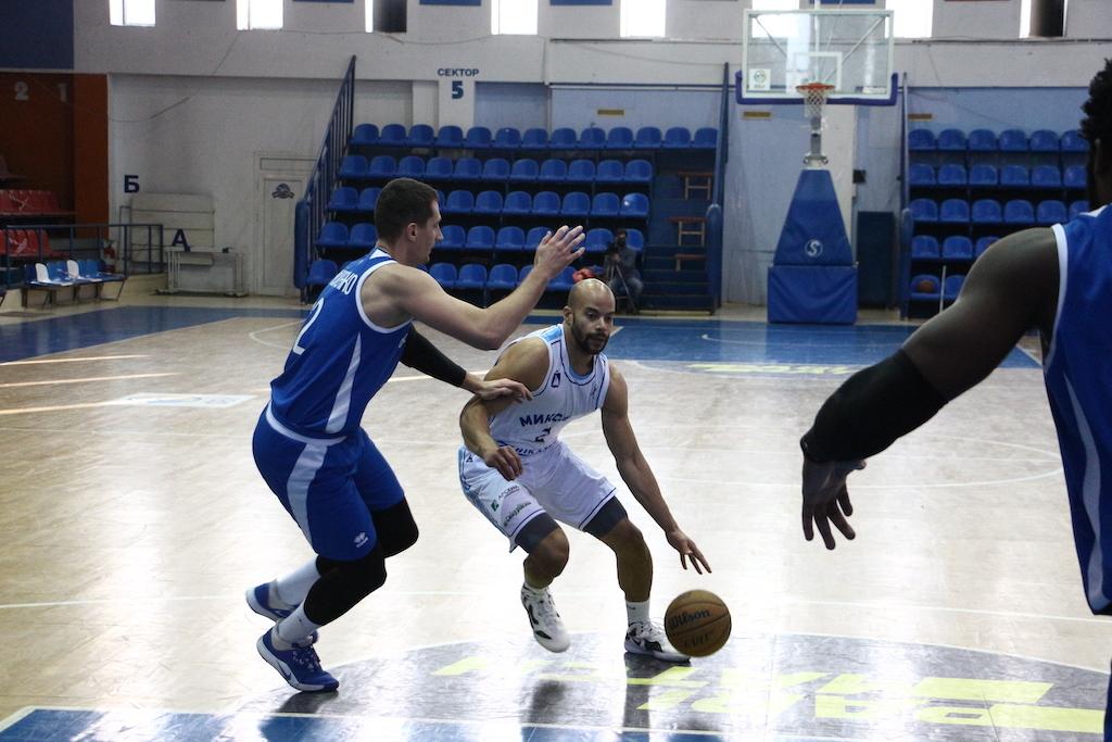 Миколаїв зрівняв рахунок у сезонній серії з Одесою