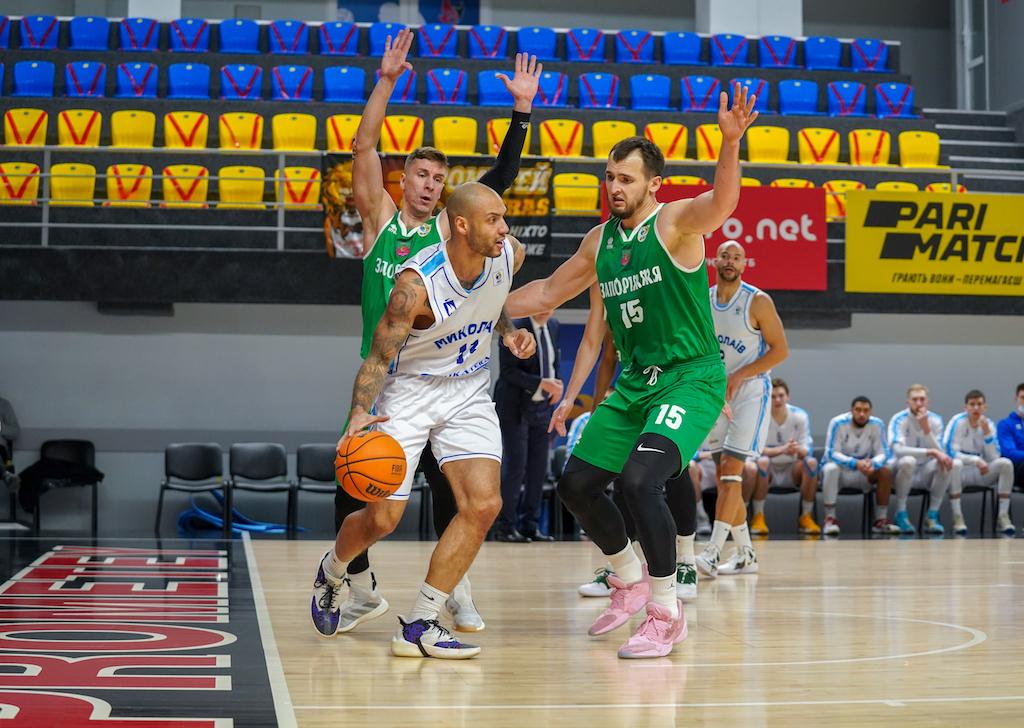 Запоріжжя подовжив переможну серію в матчах з Миколаєвом: фотогалерея