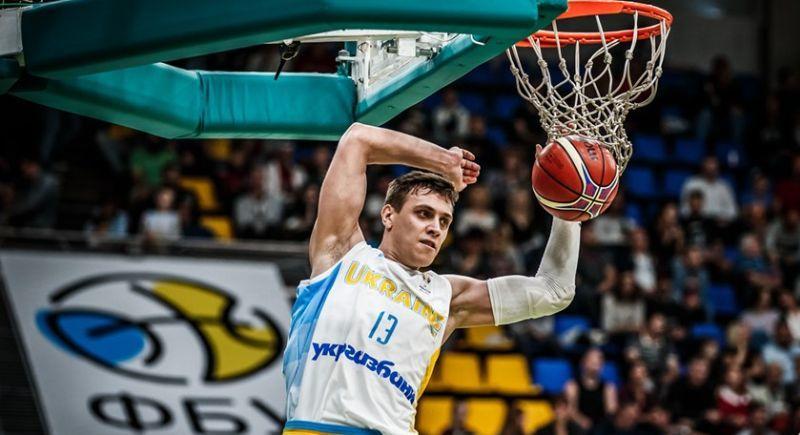 Триває продаж квитків на матч збірних Угорщина – Україна
