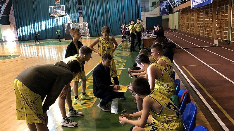 У Івано-Франківську зіграли матчі другого етапу ВЮБЛ
